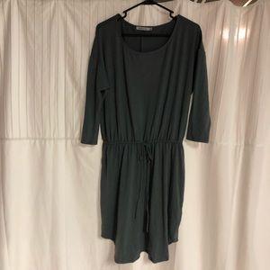 Gray jersey knit dress with waist tie